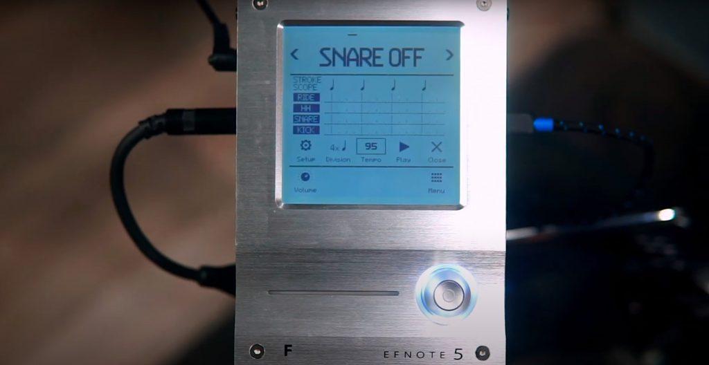 centralina di controllo di una batteria elettronica efnote 5